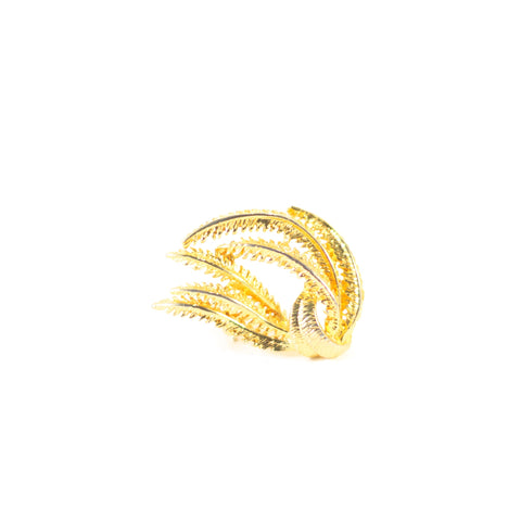 Blowing in the Wind Vintage Brooch. This pretty gold-coloured fern brooch is just beautiful.