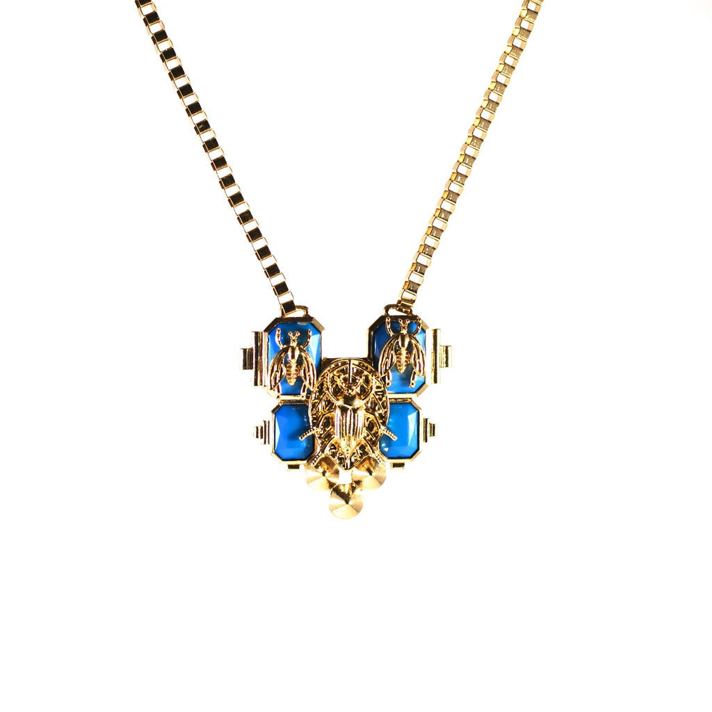 Sweet Little Scarab Necklace. Turquoise on gold coloured metal.