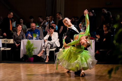 What are the 5 Most Popular Ballroom Dances? – DANCEYM