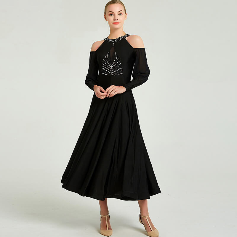 Flared Round Neck 3/4 Length Sleeve Dress
