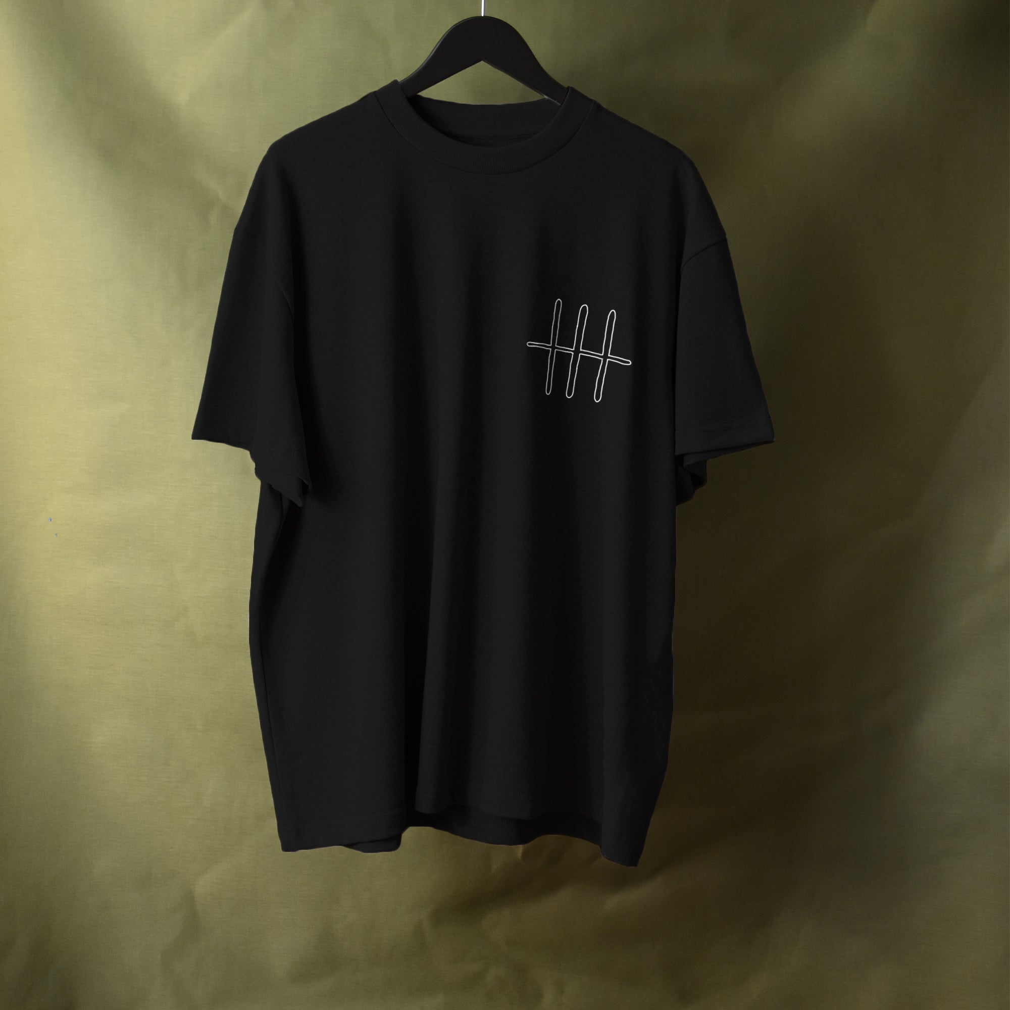 Box Fit Large Logo Tee - Black