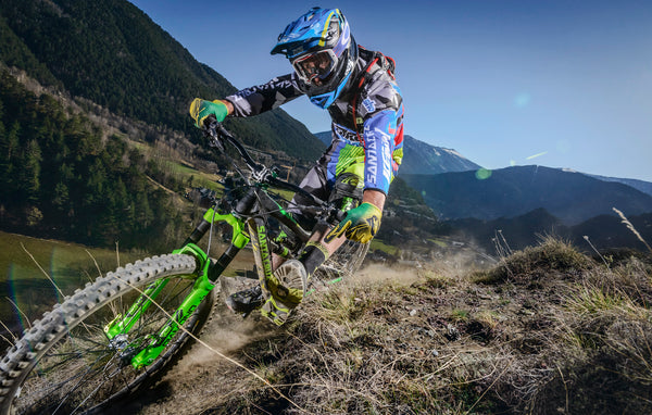 AMS ambassador Cedric Gracia foot out flat out