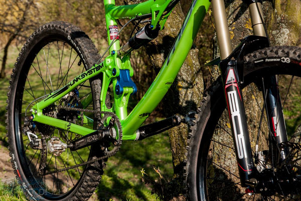 Beautiful green MDE Carve with AMS Frame Guards everywhere