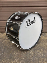 "Load image into Gallery viewer, Pearl Competitor Marching Bass Drum 28"" X 14"" Black"