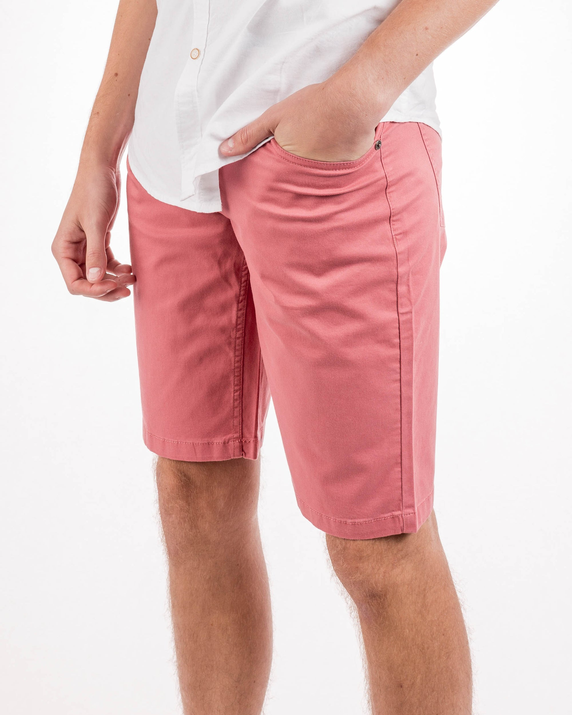 Nantucket Red 5 Pocket Short