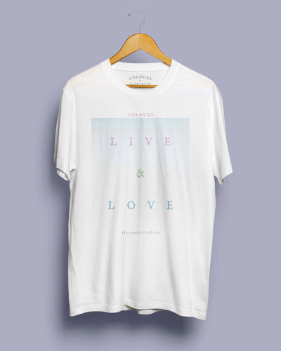 Live and Love Degrade T Shirt