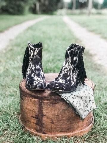 Bronc Cattlehide Booties