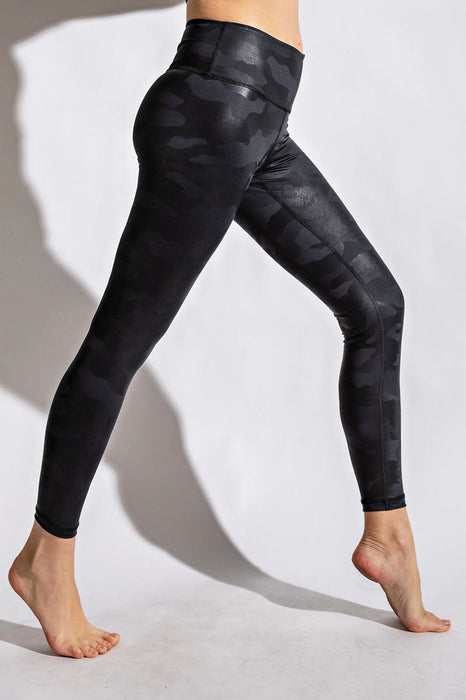 Thrill of the Chase Black Camo Leggings | S-3X