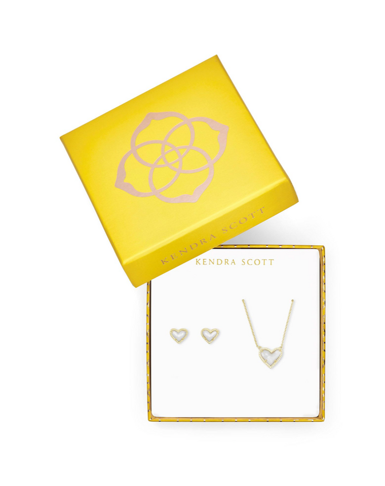 Limited Edition>> Ari Heart Pendent & Stud Mother of Pearl Set