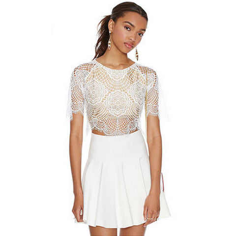 Scalloped Floral Lace Crop Top