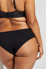 That black underwear you can wear with all your black bras? This is that [Brittney M-XL]