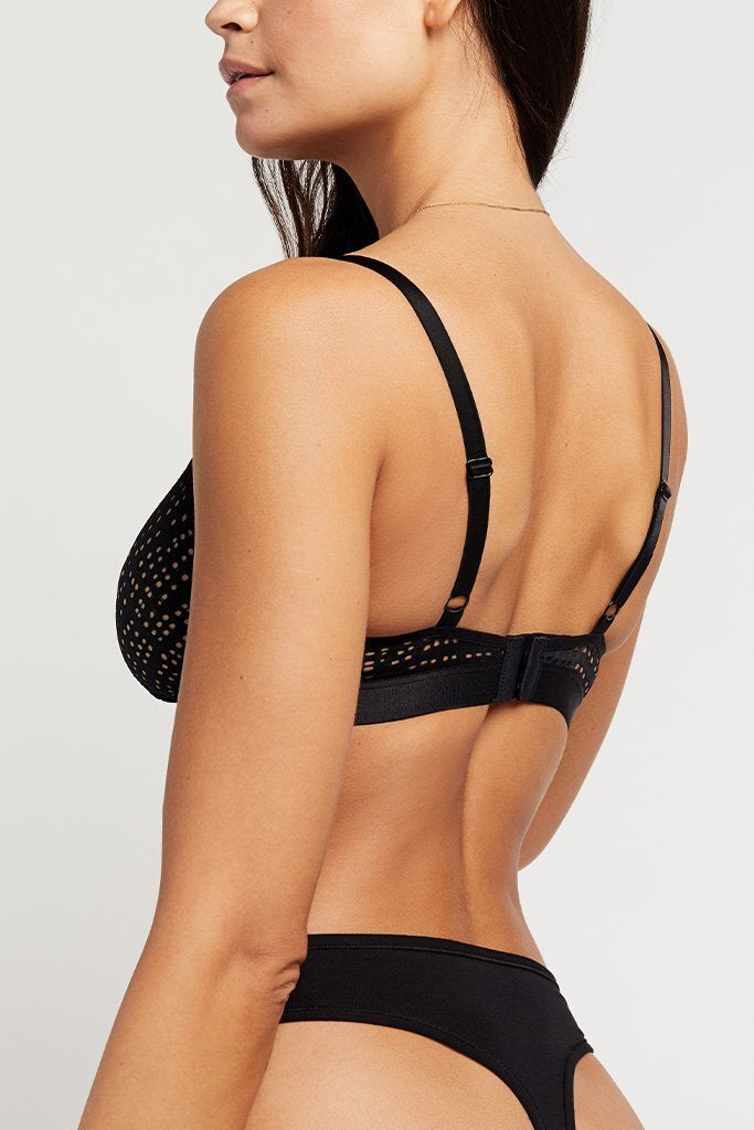 Thin thong back with a bit of coverage around the hip [Paula XS-M]