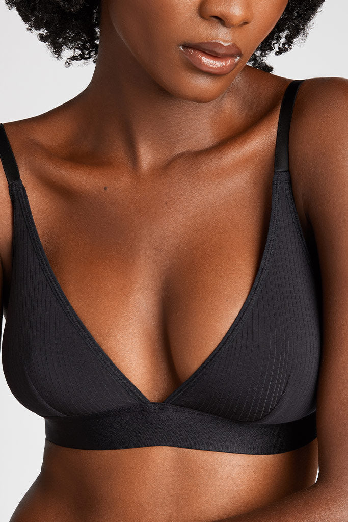 Product photo #1 of Whipped Triangle Bra in Black