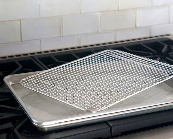 Professional Half Sheet Pan with Cross Wire Cooling Rack