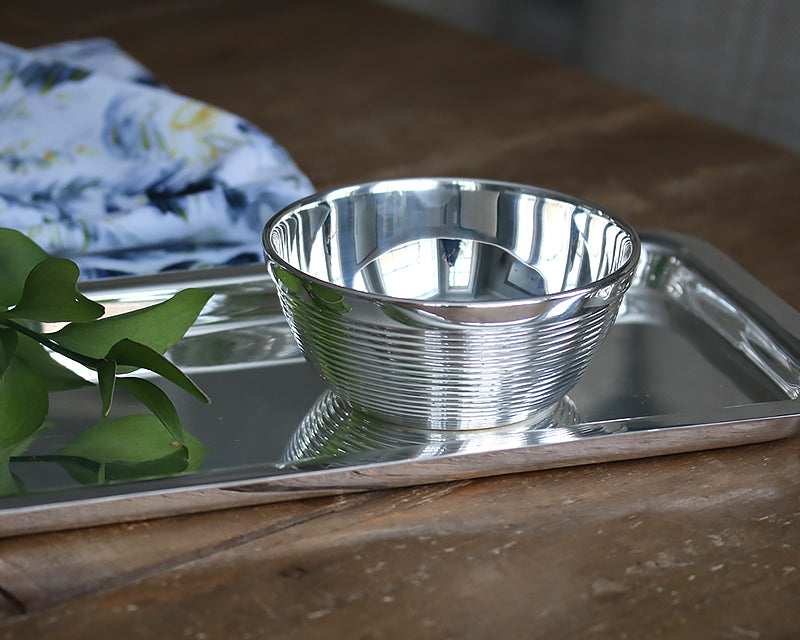 HÔTEL Silver Ribbed Snack Bowl on rectangular serving tray