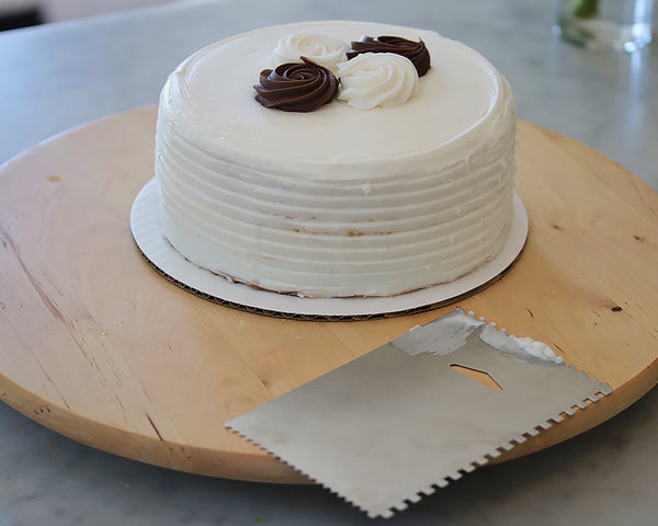 Cassandra's Kitchen - Cake Smoother & Decorating Comb
