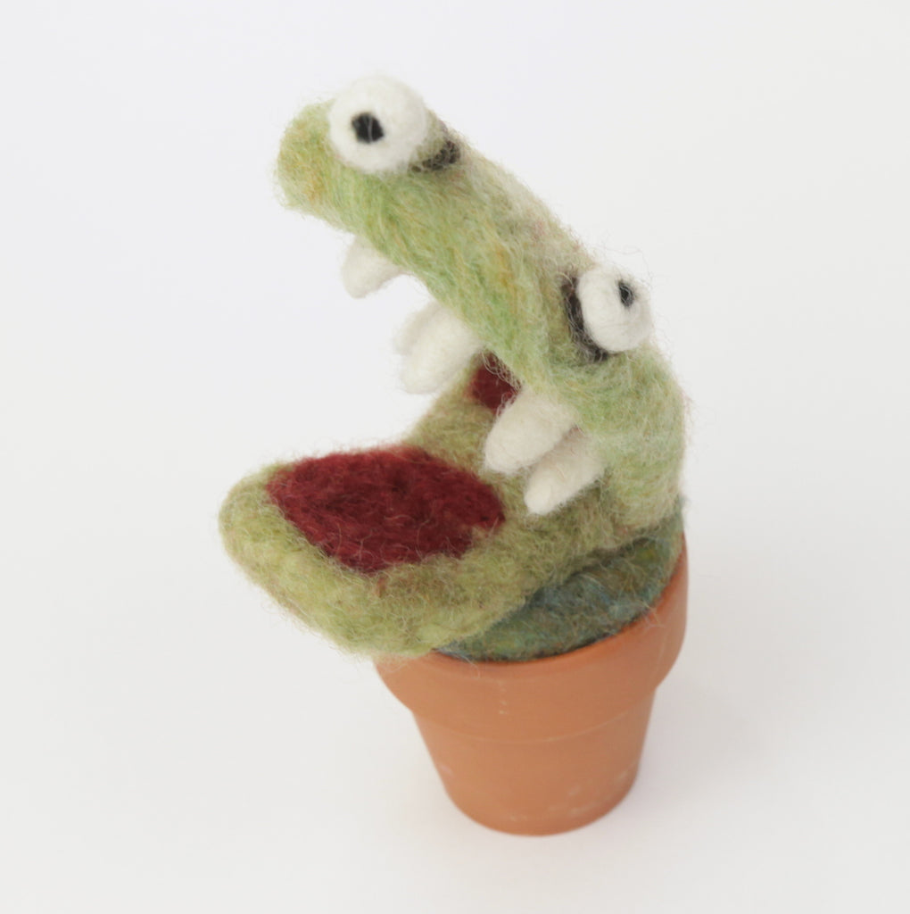 Needle Felting Venus Fly Trap Monster with clay pot