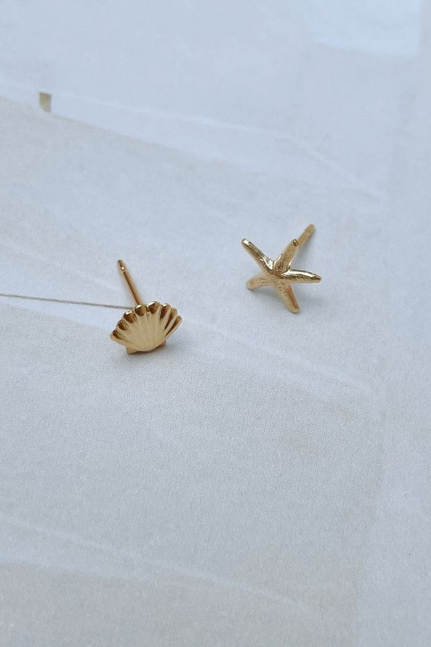 Mismatched Sea Gold Studs
