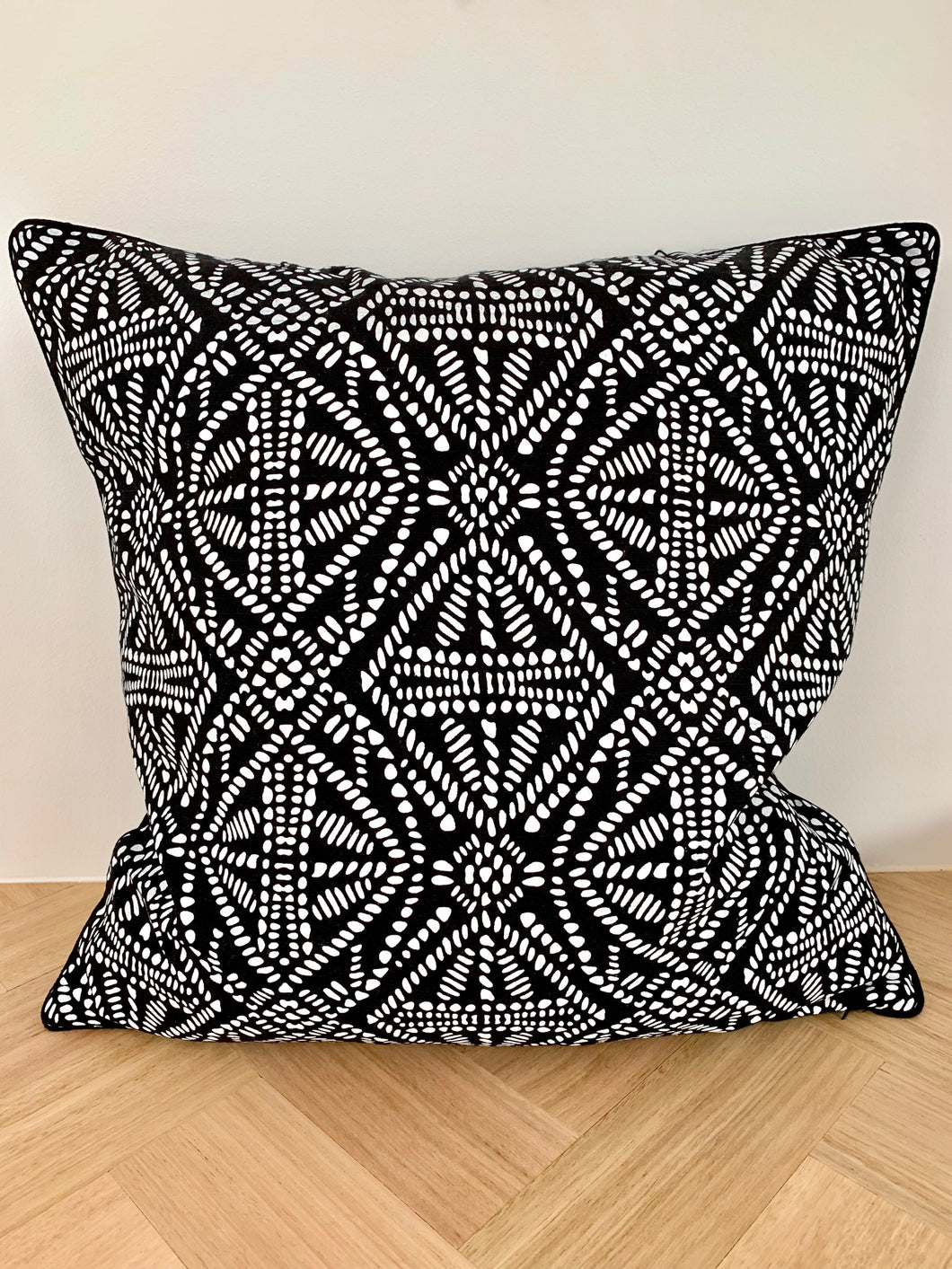 Rhapsody Cushion Cover
