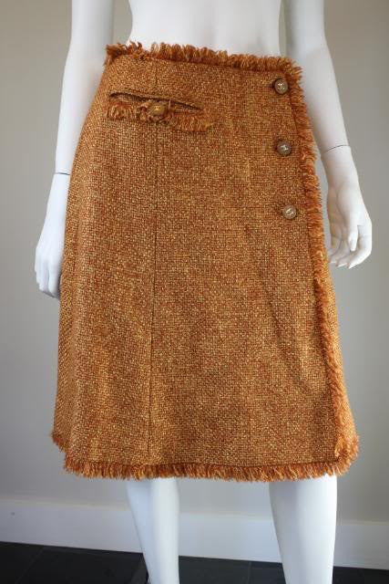 CHANEL 01A Golden Wheat Woven Wool Blend Skirt with Fringe & Wooden & Gold CC Buttons
