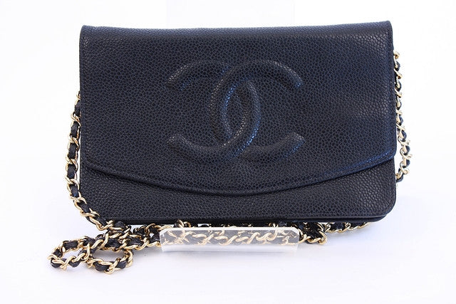 Vintage Chanel caviar wallet on chain (WOC)