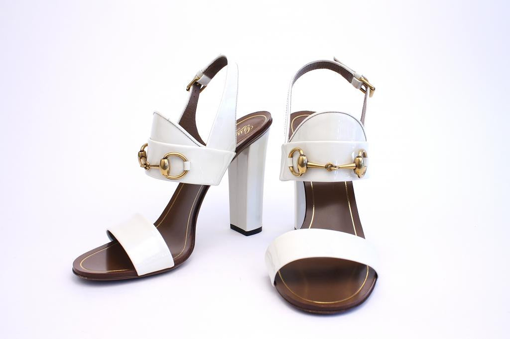 c29f2aeac91e17 GUCCI White Patent Leather Horsebit Sandal Heels