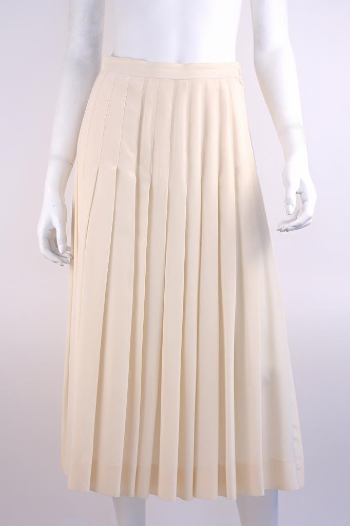 Vintage GUCCI Cream Pleated Silk Skirt