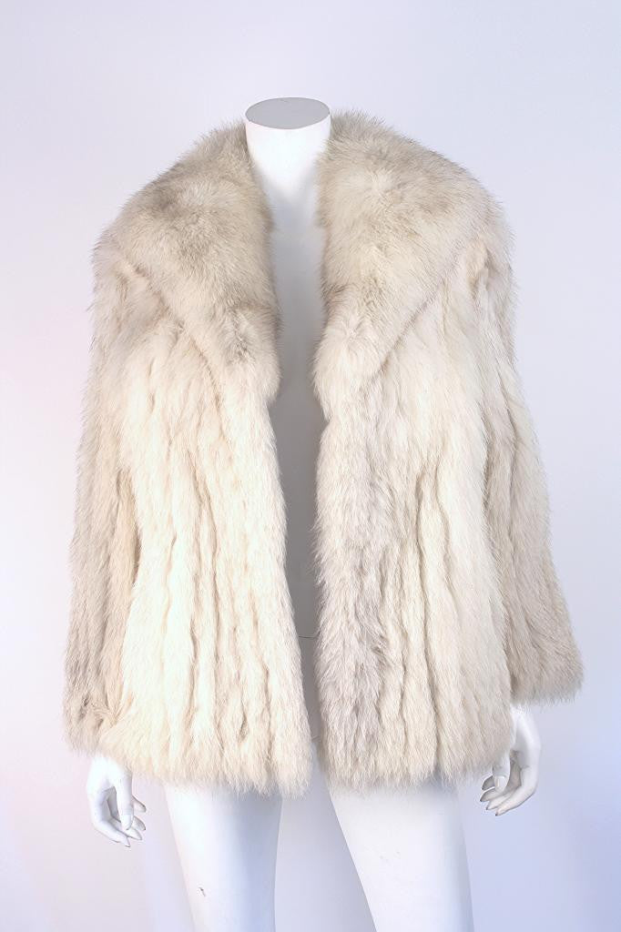 Vintage Saga Natural Blue Fox Fur Coat