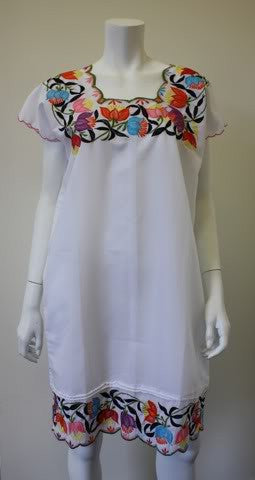1970s Guatemalan Dress Caftan with Flower Embroidery