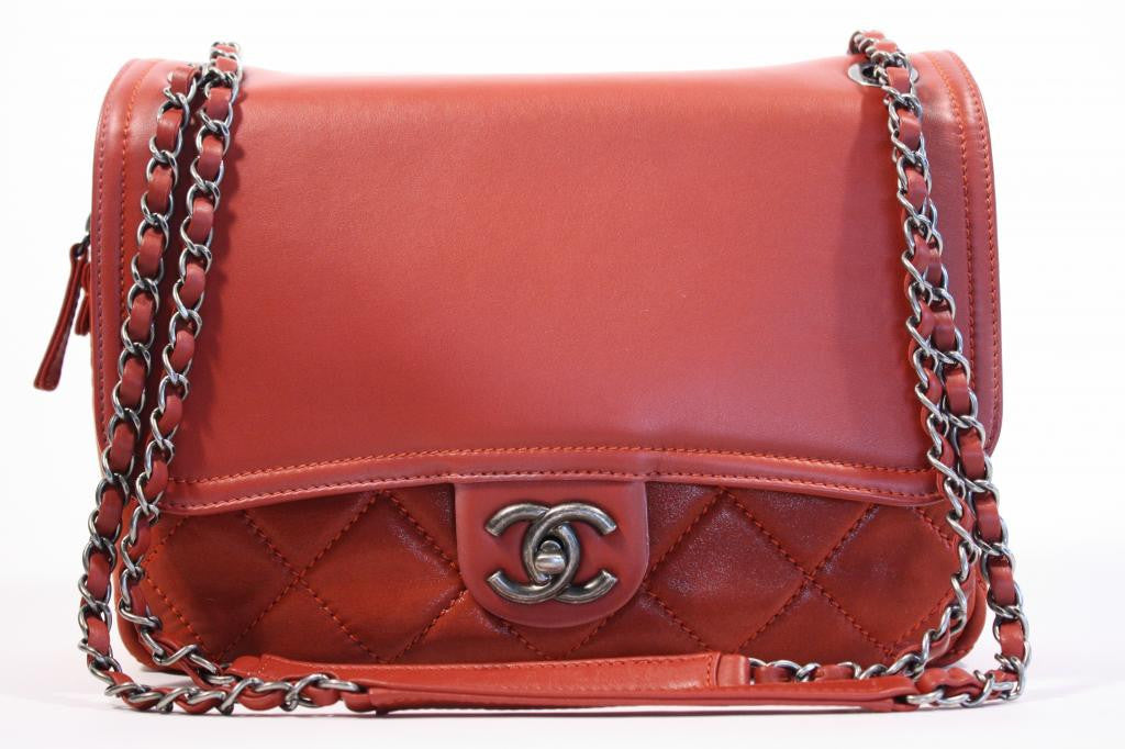 New CHANEL Limited Edition Red Quilted Flap Handbag
