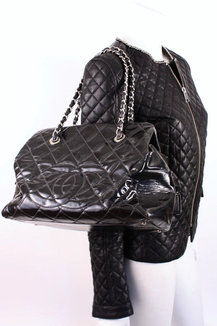 Chanel Black Quilted Tote Handbag