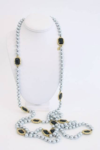 Rare Vintage CHANEL Pearl & Chicklet Necklace