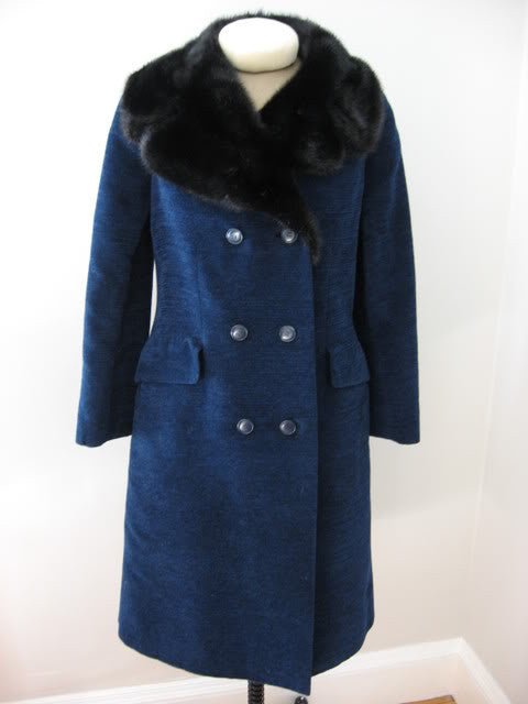 Vintage 1970 automne/hiver CHRISTIAN DIOR Couture Numbered Chenille Coat with Mink Fur Collar