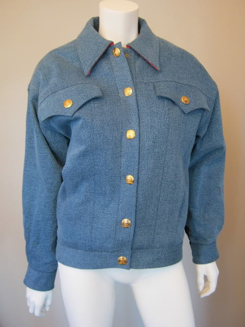 Vintage CHANEL Blue Denim Jacket Fully Lined in Quilted Hot Pink Boucle Wool with 14 Gold CC Buttons & Chain