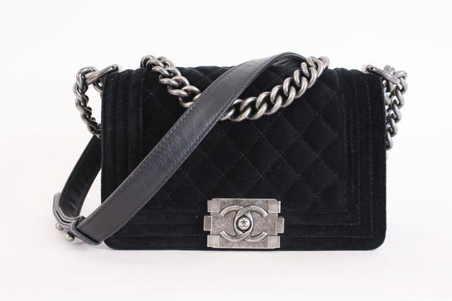 Chanel boy bag velvet small