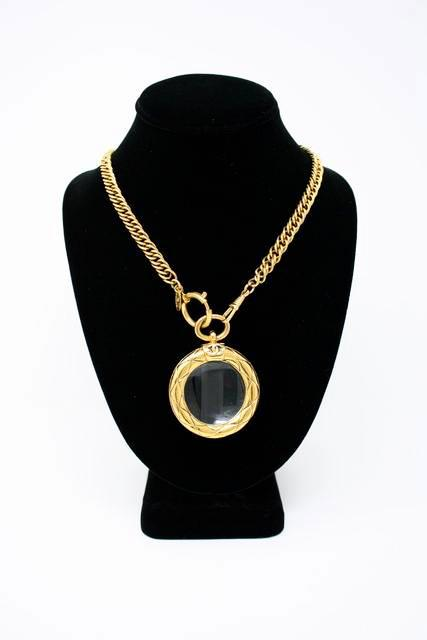 56c22fa542c15 Vintage CHANEL Magnifying Glass Necklace