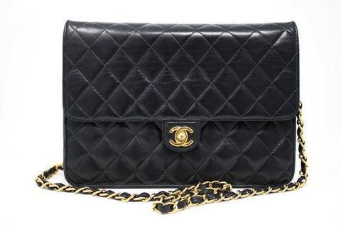 Vintage CHANEL Convertible Single Flap Bag to Clutch