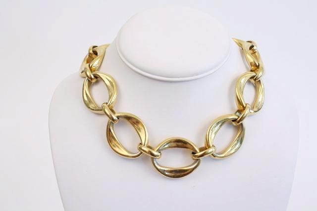 Vintage Chanel Chain link choker necklace