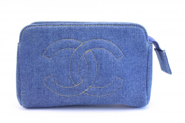 Vintage CHANEL DENIM Clutch