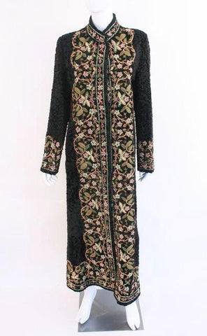 Rare OSCAR DE LA RENTA Couture 2002 Embroidered Broadtail Lamb Fur Coat