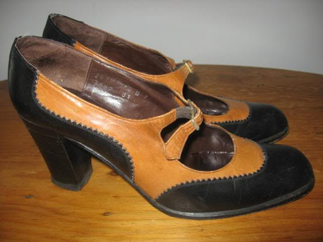 Vintage 70's CHRISTIAN DIOR Mary Jane Heels, sz 7B