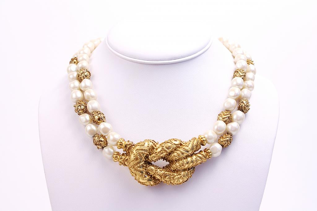 Vintage 80's Pearl & Gold Knot Necklace