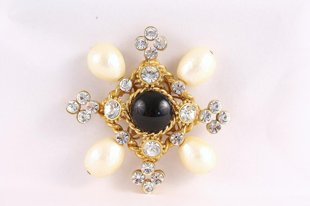 Vintage Gripoix Brooch Attributed to Chanel