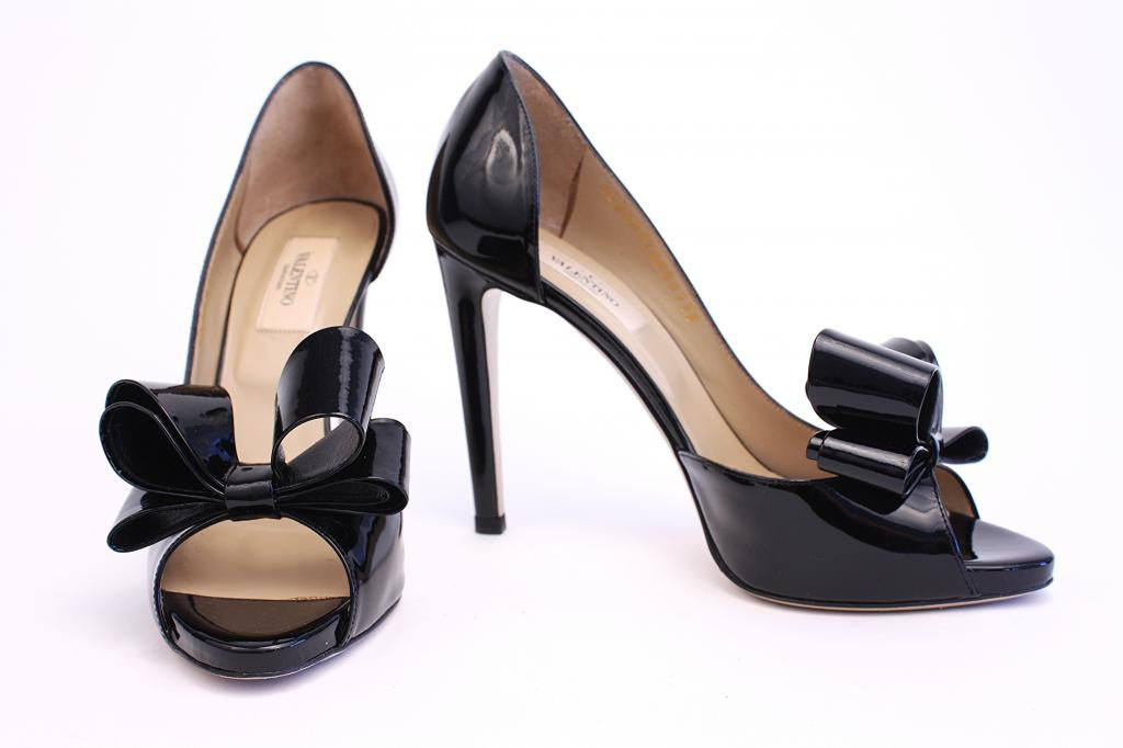 VALENTINO Black Patent Leather Bow Heels w/Box