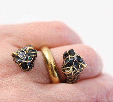 93293be6c GUCCI Double Tiger Head Ring at Rice and Beans Vintage