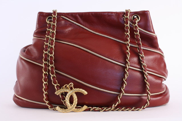 Vintage Chanel Red Paris-Moscow Tote Bag
