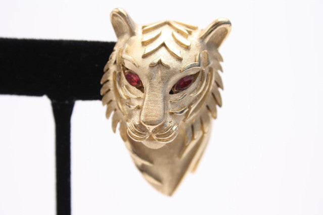 Vintage Trifari Gold Lion Brooch