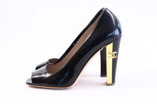 Chanel Pumps Heels with Gold CC Heels