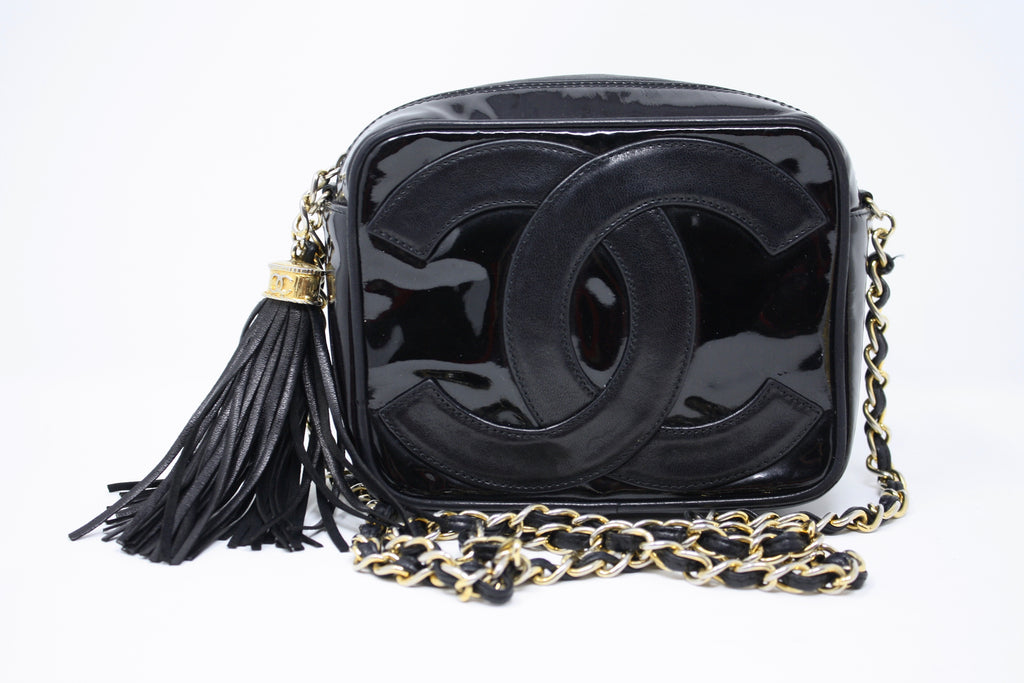 Vintage CHANEL Patent Leather Logo Bag
