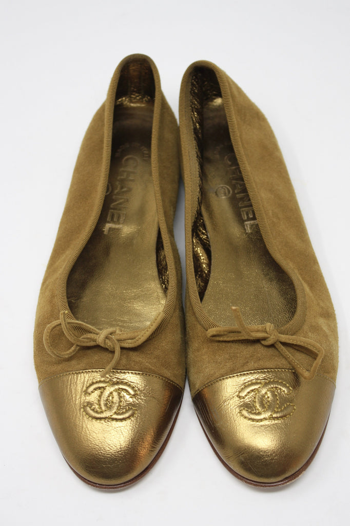 CHANEL Fall 2004 Suede Ballet Flats